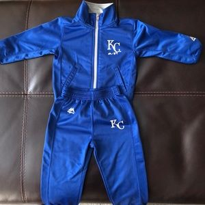 Toddler Royals warm up gear size 18M
